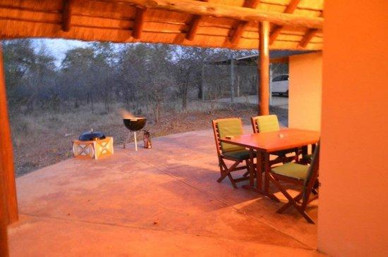 Silonque Bush Estate: Onze stoep