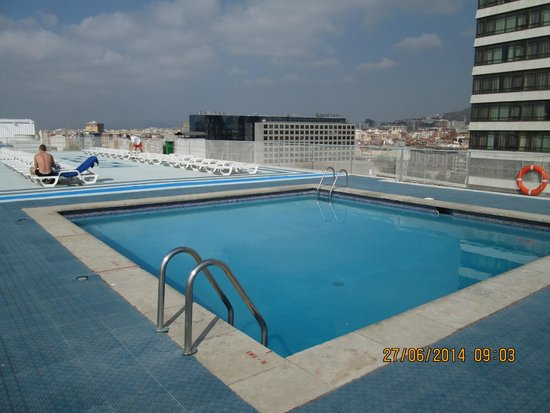 Roof top pool expo hotel bild fr n expo hotel for Pool show barcelona