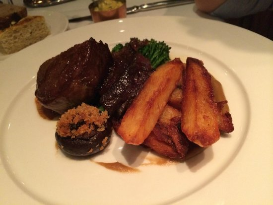 Clos Maggiore : Oven Roasted & 'Herb Smoked' Wagyu Beef