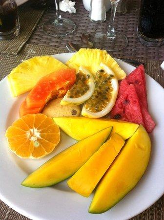Secrets Royal Beach Punta Cana: fruits petit-dejeuner