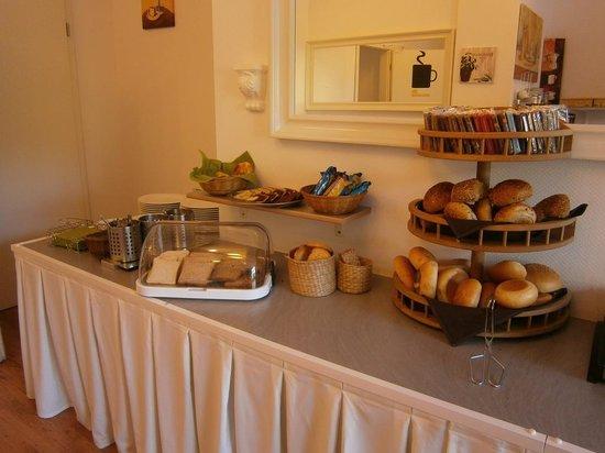 Wincent Hotel: Petit déjeuner