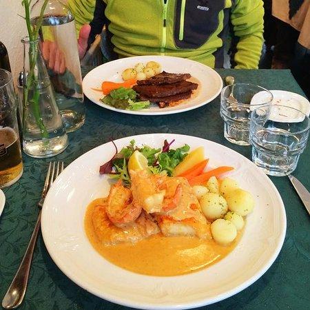 3 Frakkar: The main dish: whale pepper steak (on top) & panfried fillet of halibut with lobster (bottom)