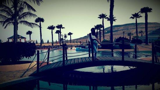 H10 Sentido Playa Esmeralda: La piscina