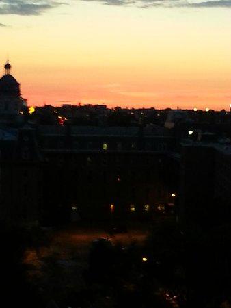 Hôtel de l'Institut: Sunset