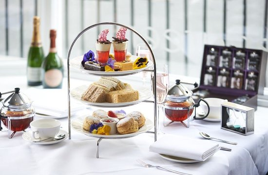 Tiger Green Brasserie: Traditional Afternoon Tea