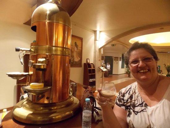 Hotel Dom Fernando: Maquina de Café MARAVILHOSA