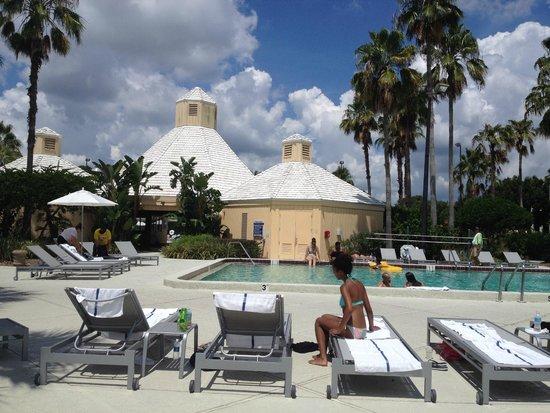 Hilton Orlando Buena Vista Palace Disney Springs : Bar and Grill Cabana. Also hot tub location
