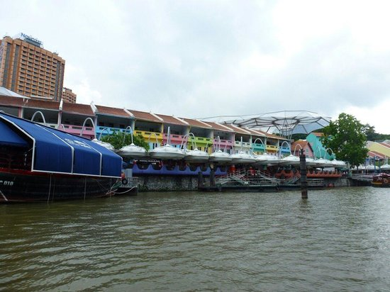 Bumboat River Tour: Clarke Quay