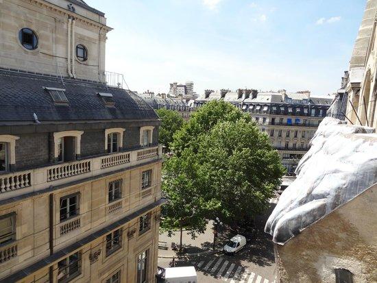 La Clef Louvre : view