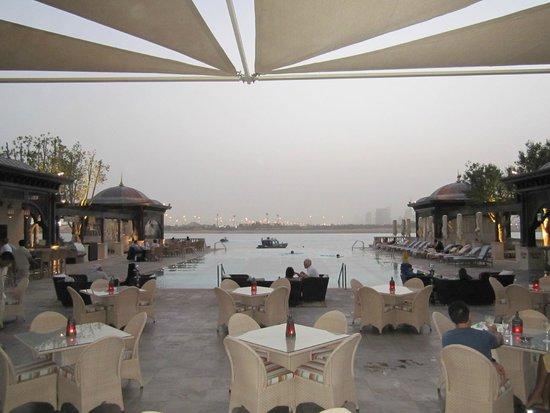 Shangri-La Hotel, Qaryat Al Beri, Abu Dhabi: pool area
