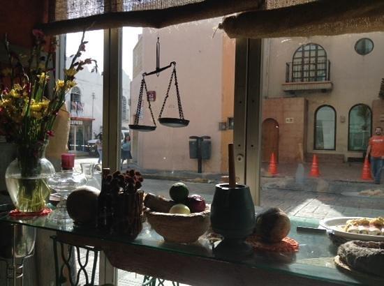 La Chaya Maya: vista desde el interior del restaurante