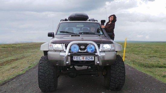 IceAk - Super Jeep Tours: IceAK super jeep experience with Thordur