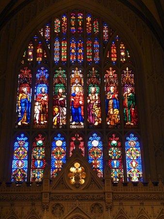 Trinity Church : 彩繪玻璃