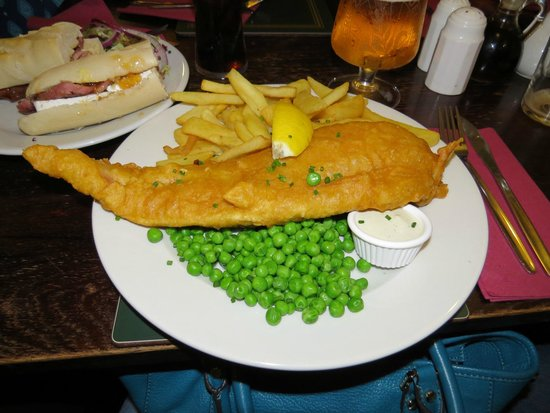 The Cotswold Arms: lunch