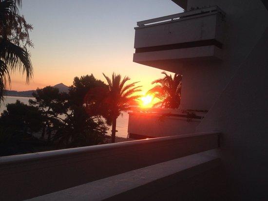 Hotel Condesa de la Bahia: Sun rise in the morning