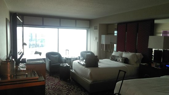 MGM Grand Hotel and Casino : gorgeous room