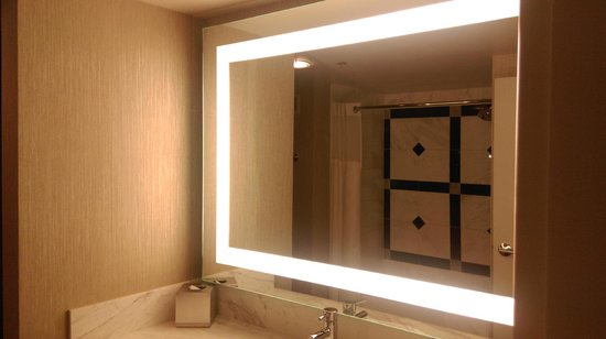 MGM Grand Hotel and Casino : blinding mirror//great for make up purposes