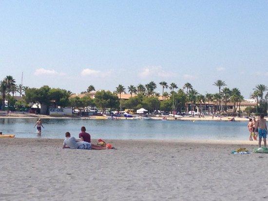 Hotel Condesa de la Bahia: Worth a walk into alcudia