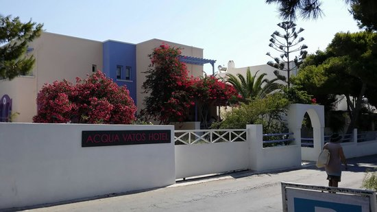 Acqua Vatos Hotel: Hotel entrance