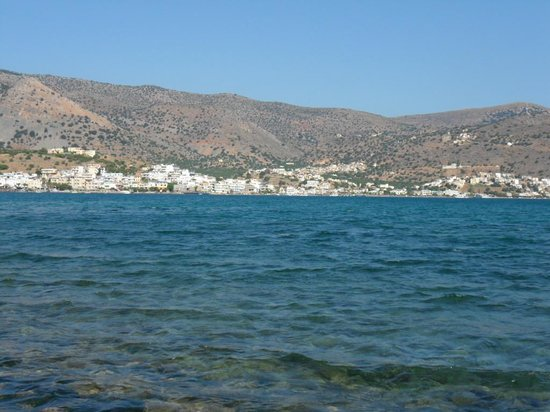 Milos Apartments : Elounda from other side of the bay