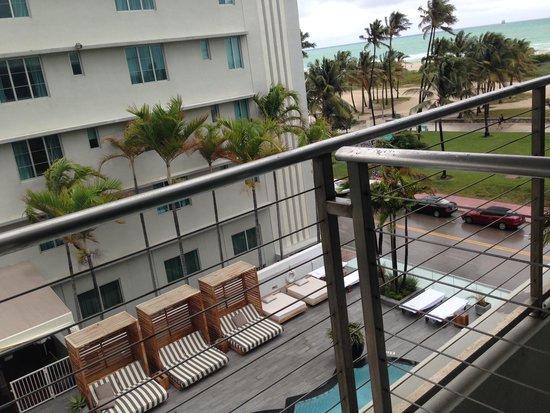 Hotel Victor: Вид из окна
