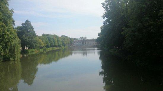 Łazienki-Park (Park der Bäder): Palace on the water