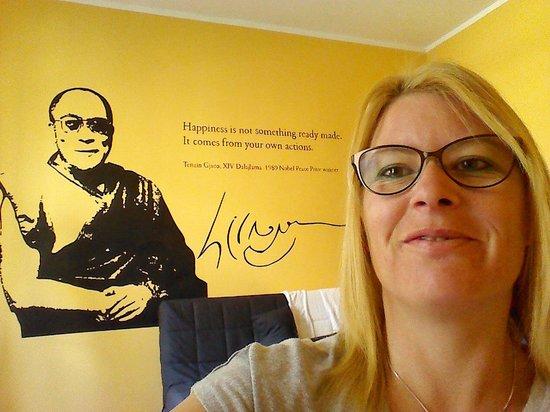 Nobel Suites : Dalai Lama
