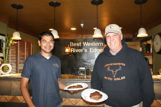 Best Western Rivers Edge: Rivers Edge has outstanding hotel hosts.