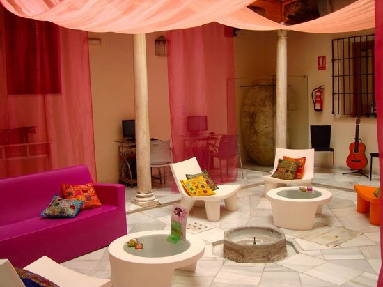 White Nest Hostel Granada: sala relax