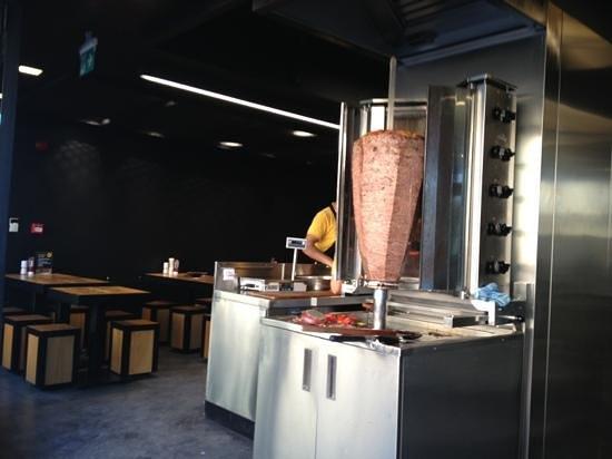 Kasap d ner stanbul restoran yorumlar tripadvisor for Divan kebab menu