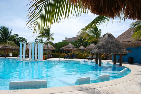 Grand Palladium White Sand Resort & Spa: Adult pool