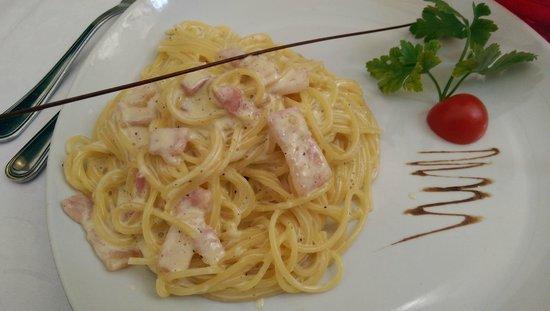 Ristorante la Feluca : Spaghetti alla carbonara