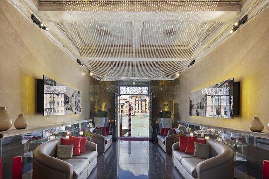 NH Collection Venezia Palazzo Barocci : Lobby