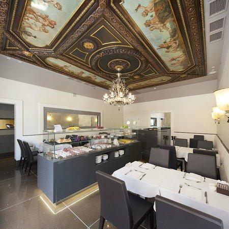 NH Collection Venezia Palazzo Barocci: Breakfast Room