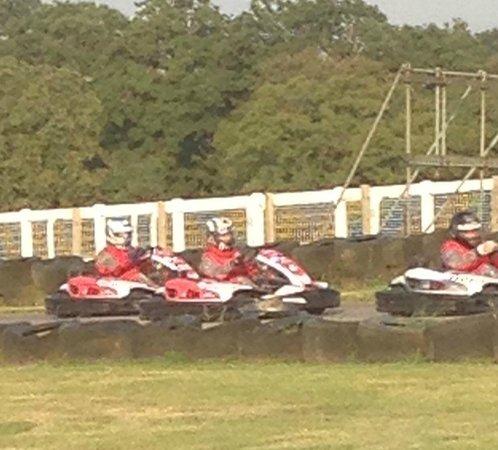 Daytona Sandown Park: racing