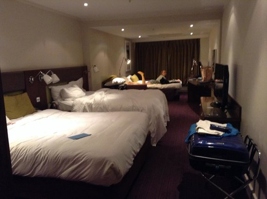 Hilton London Metropole: Superior family room