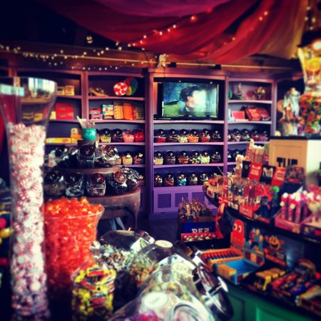 Scrummy Afters Candy Shoppe: a temporary Scrummy swap