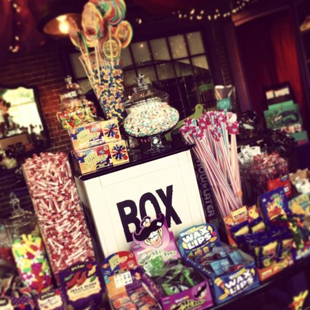 Scrummy Afters Candy Shoppe: Scrummy Hall becomes Scrummy Afters for a week