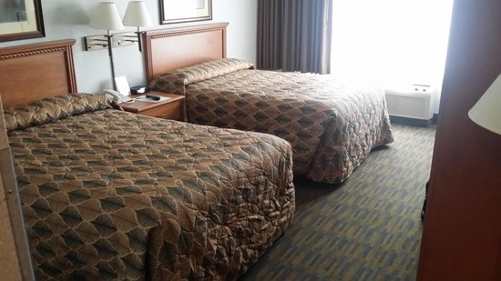The Country Springs Hotel: Room 3307