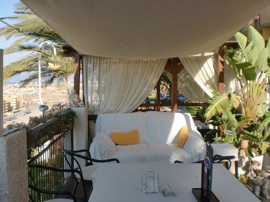 Hotel La Cumbre: zona de la piscina