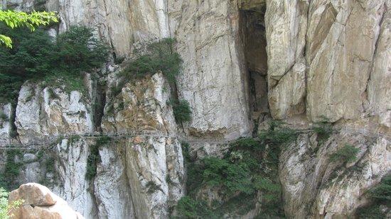 Mt. Song: Passaggi mozzafiato