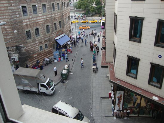 Antik Hotel Istanbul: vista dalla camera