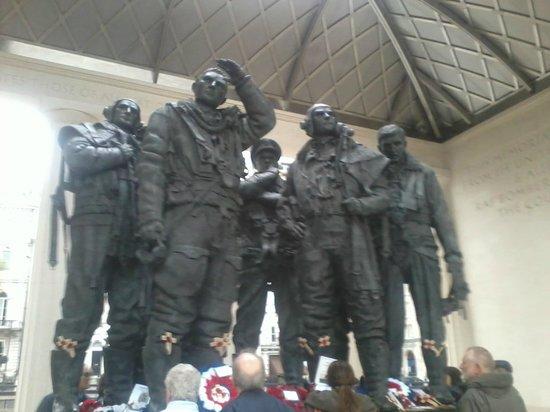 Bomber Command Memorial: Emocionante!