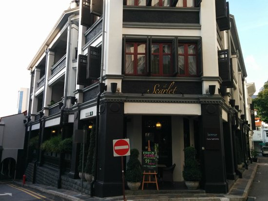 The Scarlet Singapore: The hotel