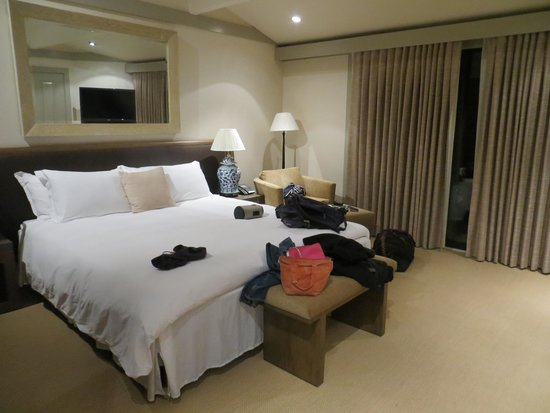 Heritage House Resort: King Standard room