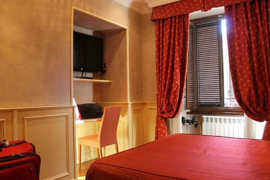 Al Viminale Hill Inn & Hotel: Cozy - looks better in person