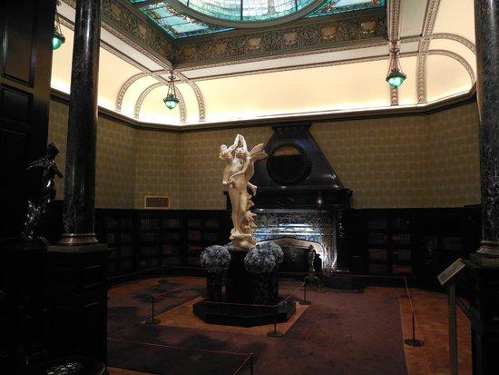Richard H. Driehaus Museum: Driehaus Museum, Chicago
