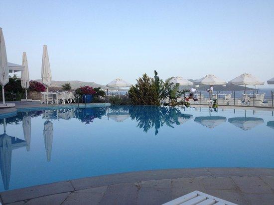 Doria Hotel Bodrum: One of the pools