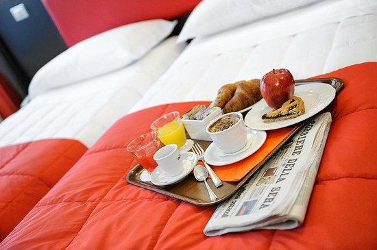 Colazione a letto picture of albergo al corso legnano - Colazione al letto ...