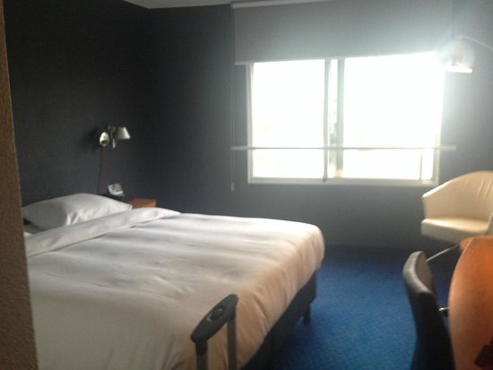 Inntel Hotels Rotterdam Centre : Room